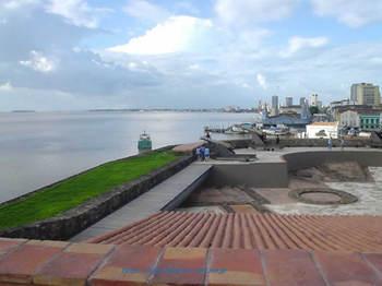 プレゼピオ要塞から見たベルオペゾ.jpg