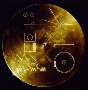 Voyager_Golden_Record.jpg